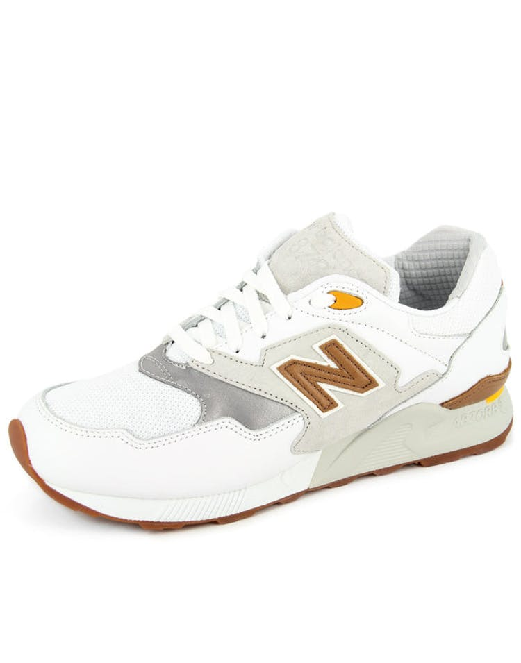 size 40 31ee1 98a92 878 90's Running White/grey