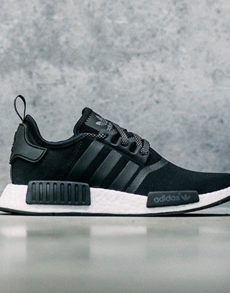 official photos 0fb4d 740fa Nmd R1 Black white
