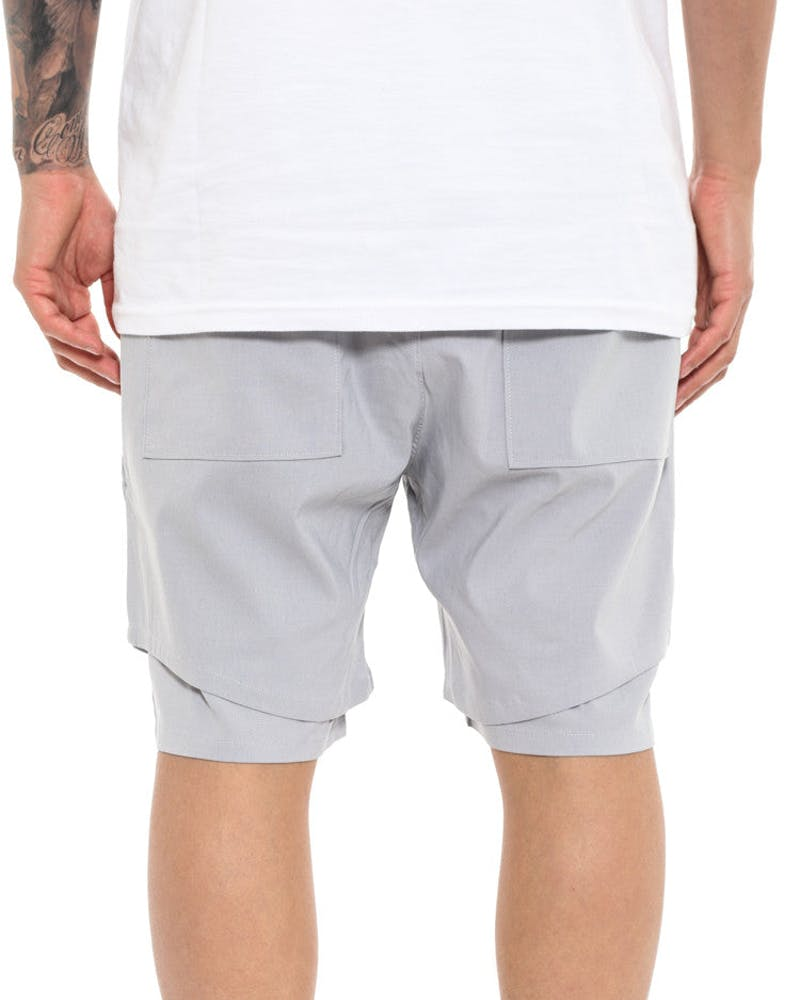 Jones Short Grey