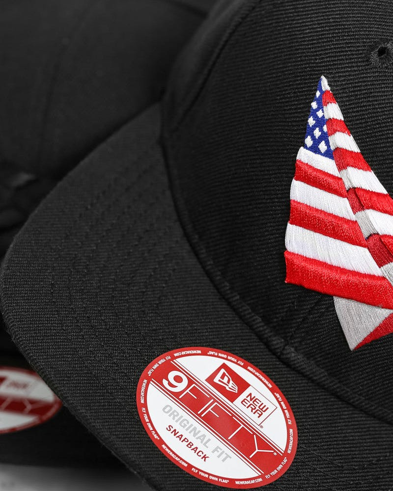 Old School Snapback Black/red/white