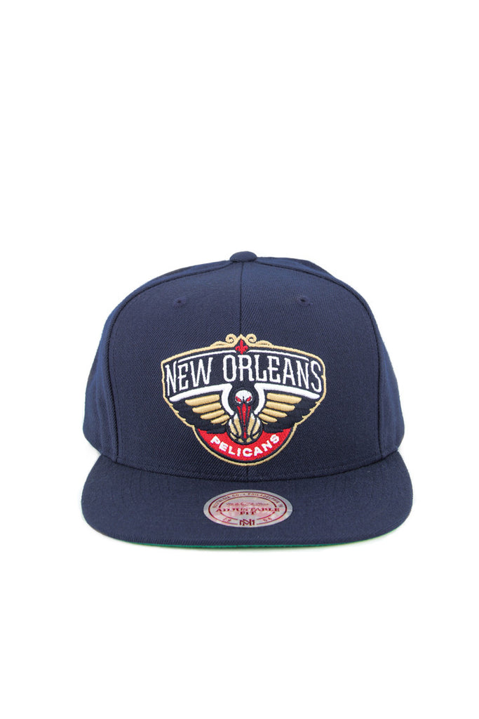 size 40 48ab4 04c25 ... spain cop this fresh mitchell ness new orleans pelicans snapback in  black with contrast green underbrim