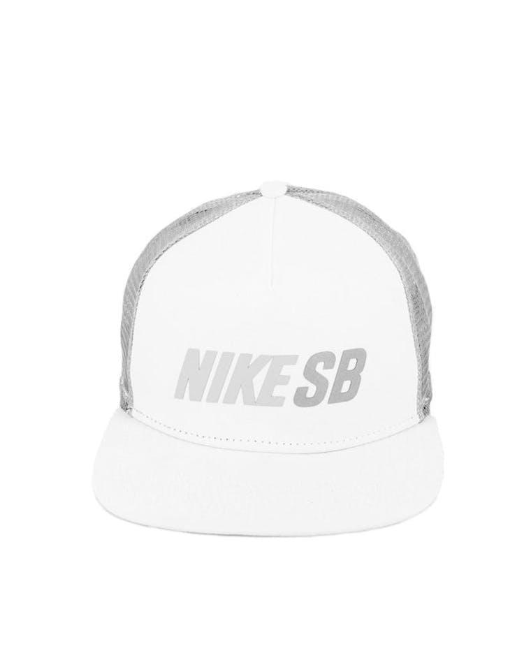 1b0cecbe Nike Snapback Reflect Trucker Snapback White/grey – Culture Kings