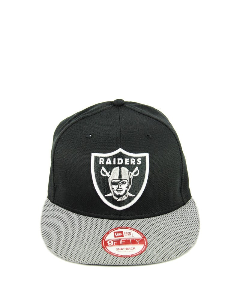 Raiders Mesh Visor Snapback Black/white