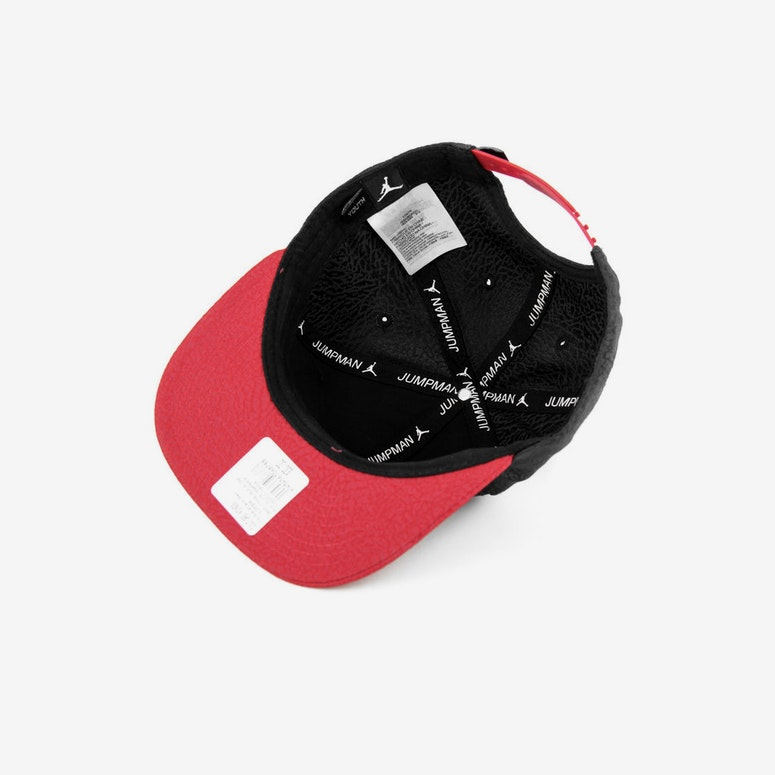 Ele Elite Snapback Black/red