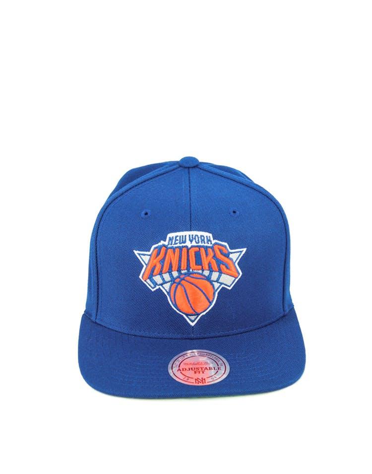 e94b1f6222f58 Mitchell   Ness New York Knicks Wool Solid Snapback Royal – Culture Kings