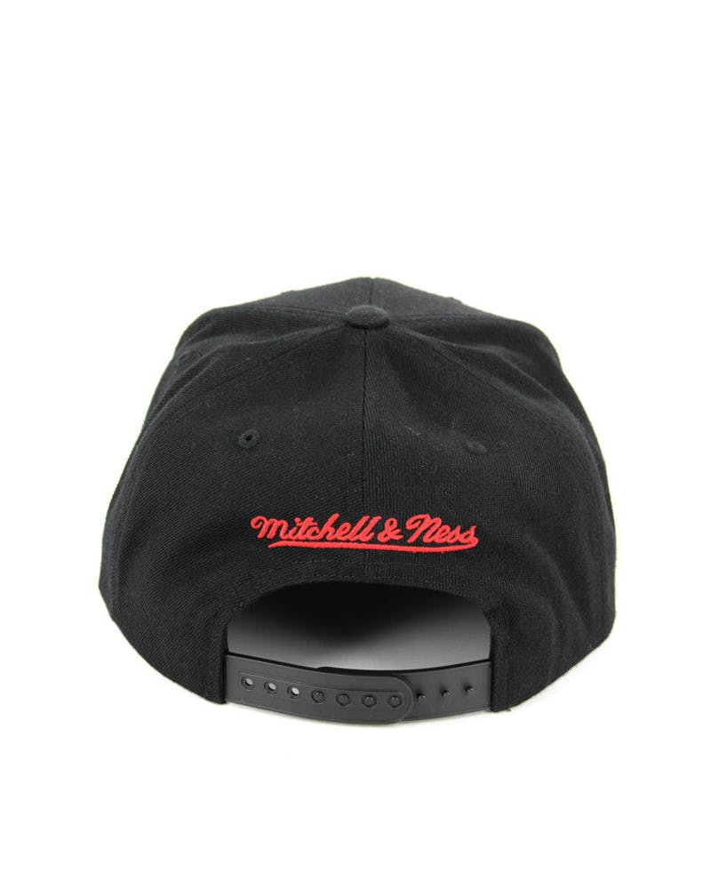 Hawks Team Logo Snapback Black/red