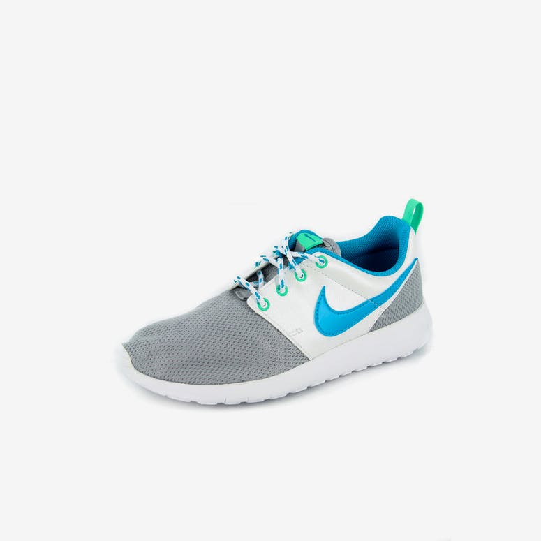 best loved 5d7be 1d66a Nike Roshe One (gs) Silverbluewhi – Culture Kings