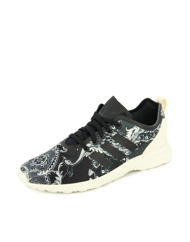 978ba2894 Adidas Originals Women s ZX Flux Adv Smooth Black white – Culture Kings