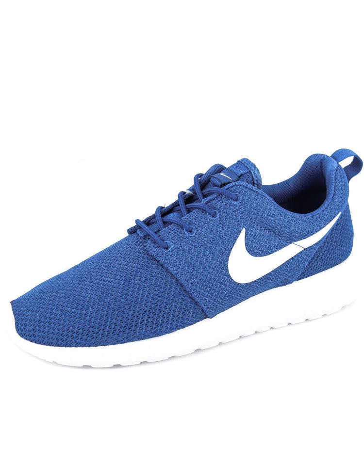 Roshe One Royal/white/bla