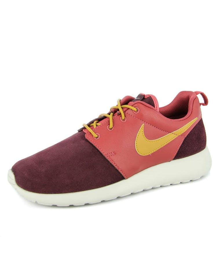 uk availability f257e e1fde Nike Rosherun Premium Red burgundy – Culture Kings