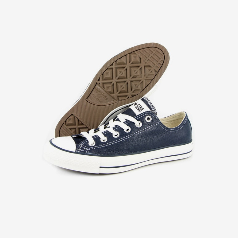 Chuck Taylor Leather OX Navy