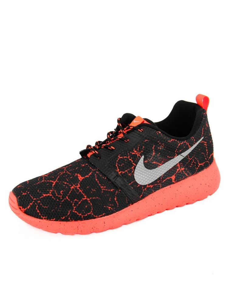 26fbb5f647b5 Nike Rosherun Flight Weight GS Black Orange – Culture Kings