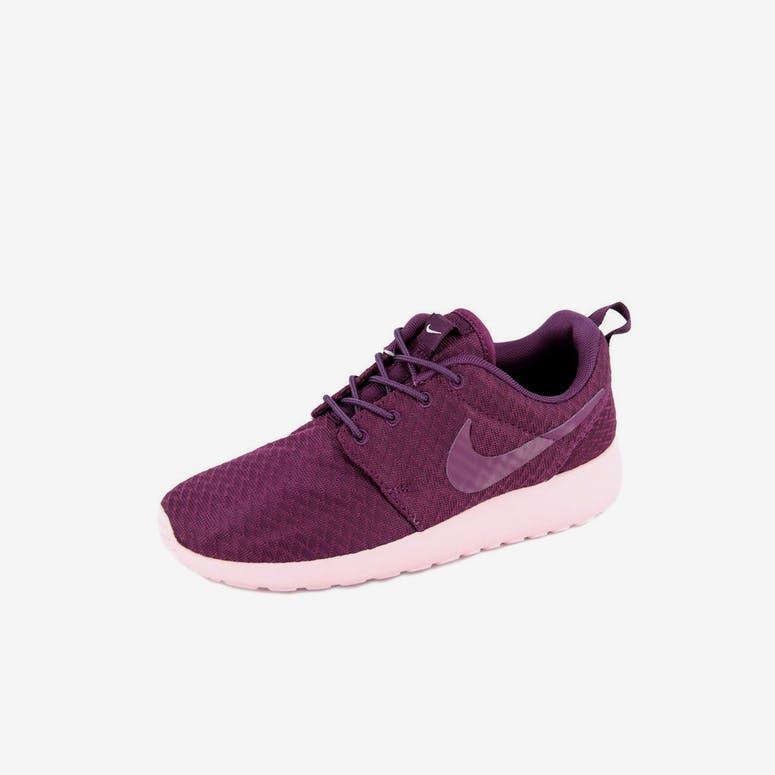 sale retailer 842da eb53f Nike Womens Roshe One Winewinepink – Culture Kings