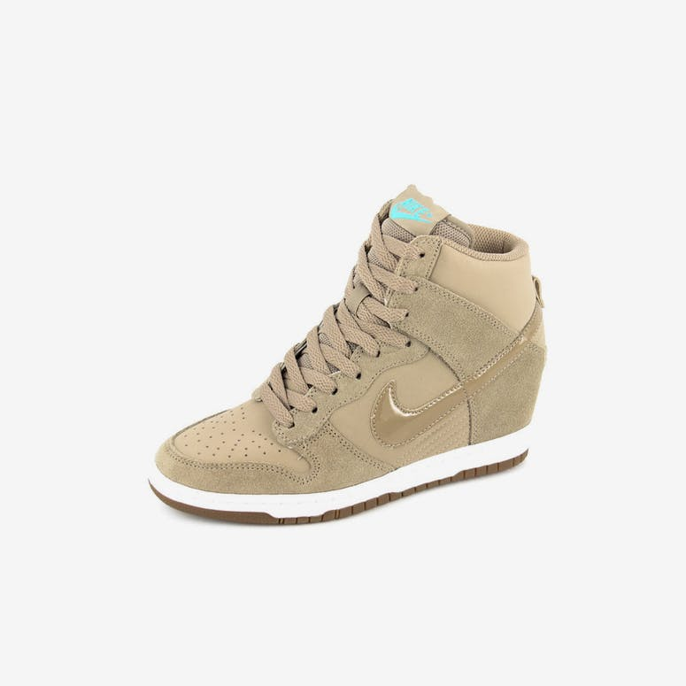 9f931c575370 Nike Womens Dunk Sky HI Essent Khaki – Culture Kings