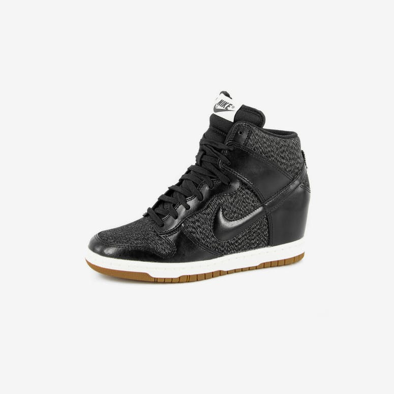 competitive price 423b5 4d872 Womens Dunk Sky HI Essent Blackblack