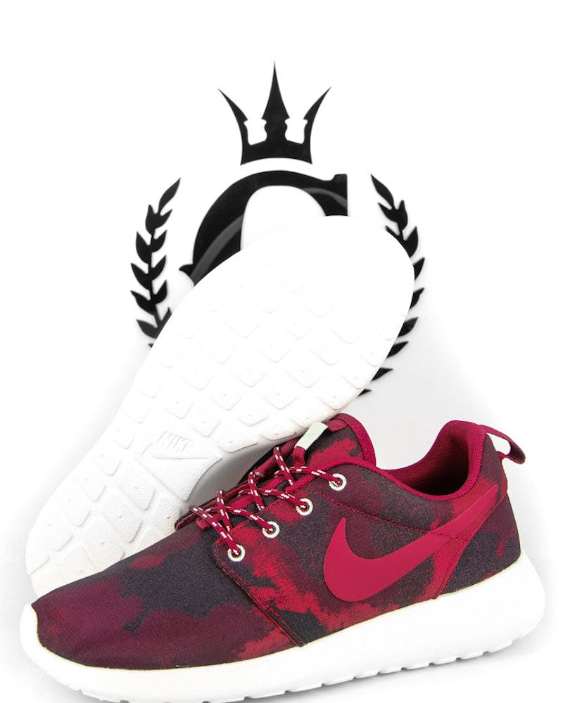 Womens Roshe One Red/black