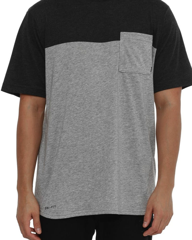 Dri-fit Blocked Pocket Tee Grey/black Heat