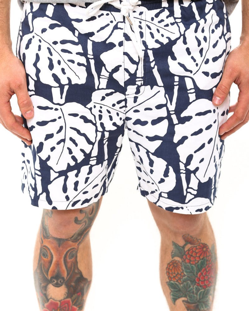 Lake Short White/navy