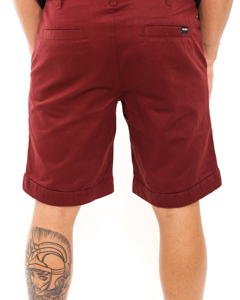 Ramsden Rolled Cuff Short Burgundy