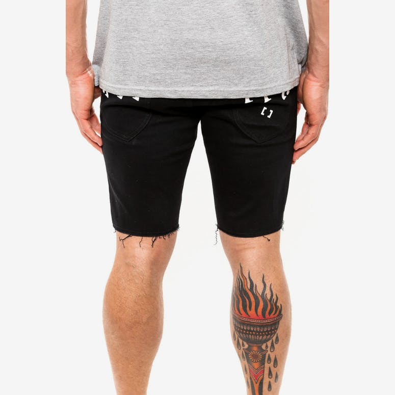 Capsize Shorts Black