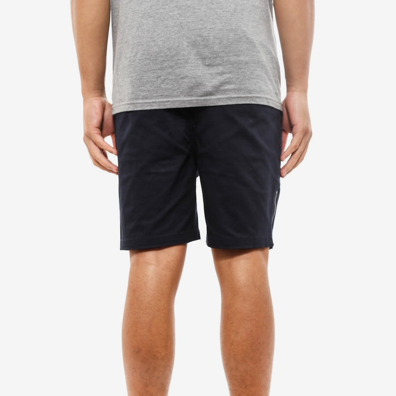 Curb Short Navy