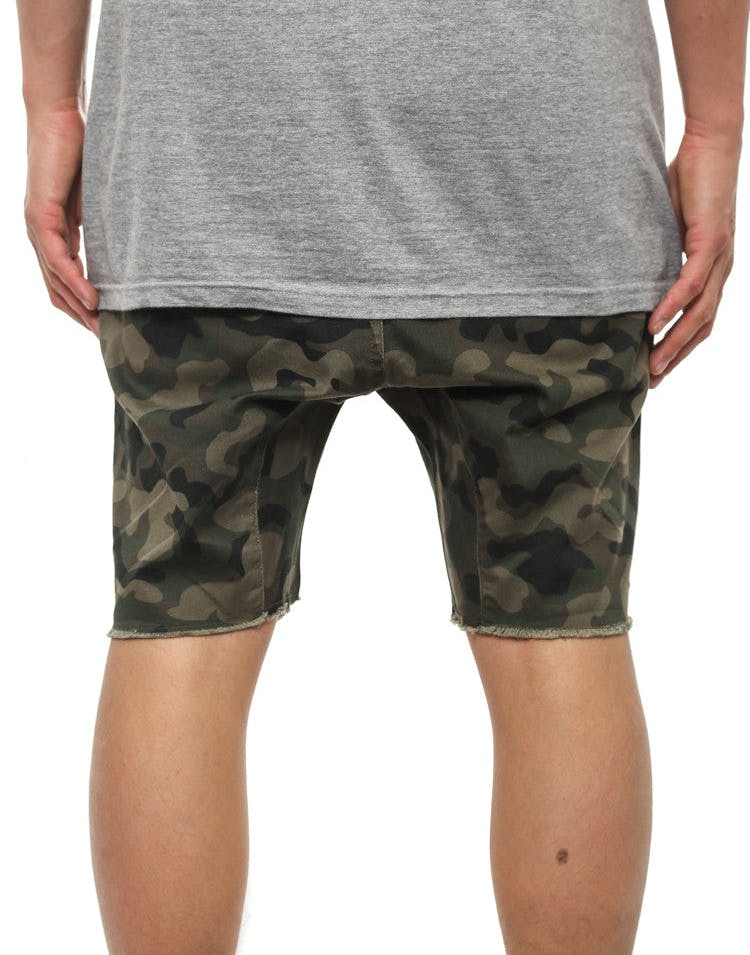 Sureshot Short Camo