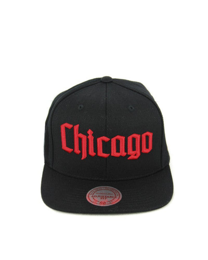 Blackhawks Gothic City Snapback Black