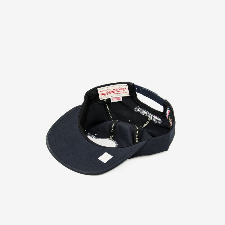 Cavaliers Pitch Snapback Navy
