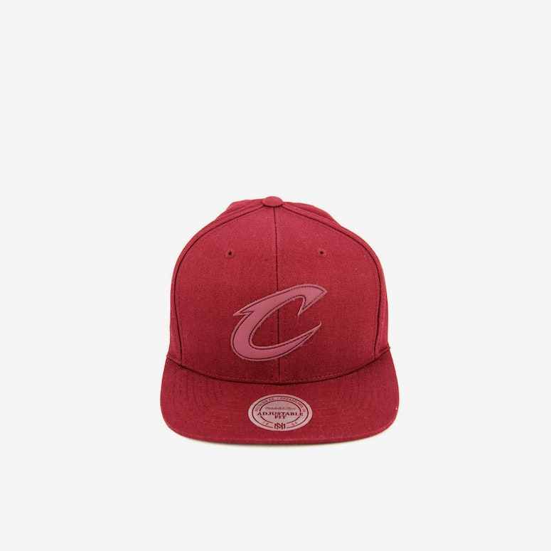 Cavaliers Hot Stamp Snapback Burgundy/burgun