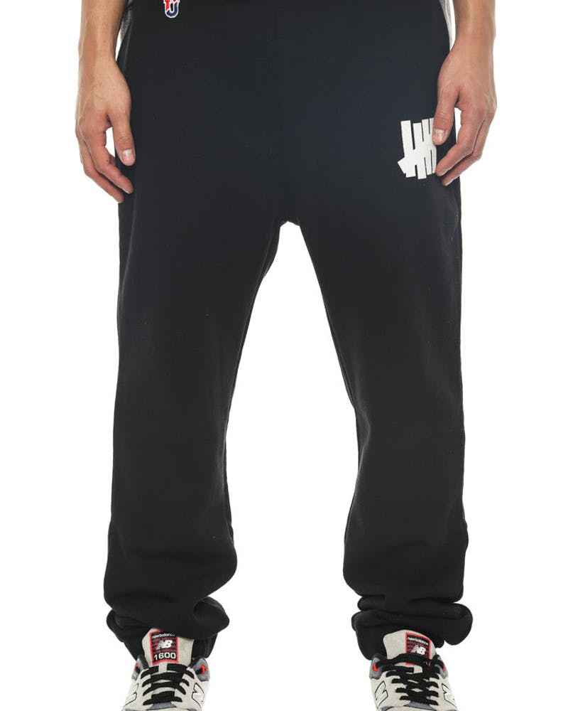 5 Strike Sweatpant Black